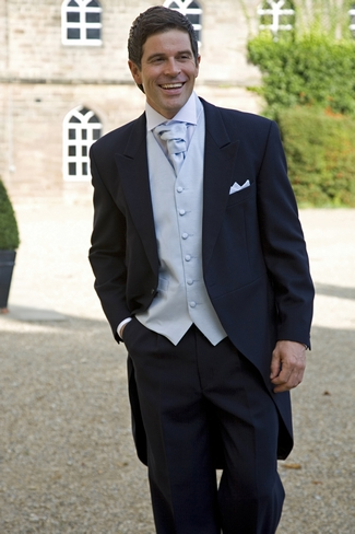 Navy Tail Wedding Suit
